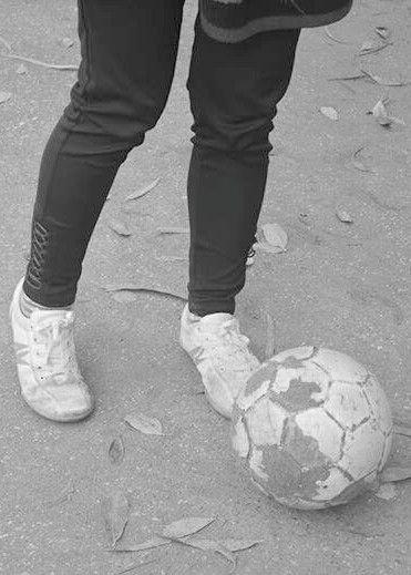 Luận điệu bóng đá và tuổi 17